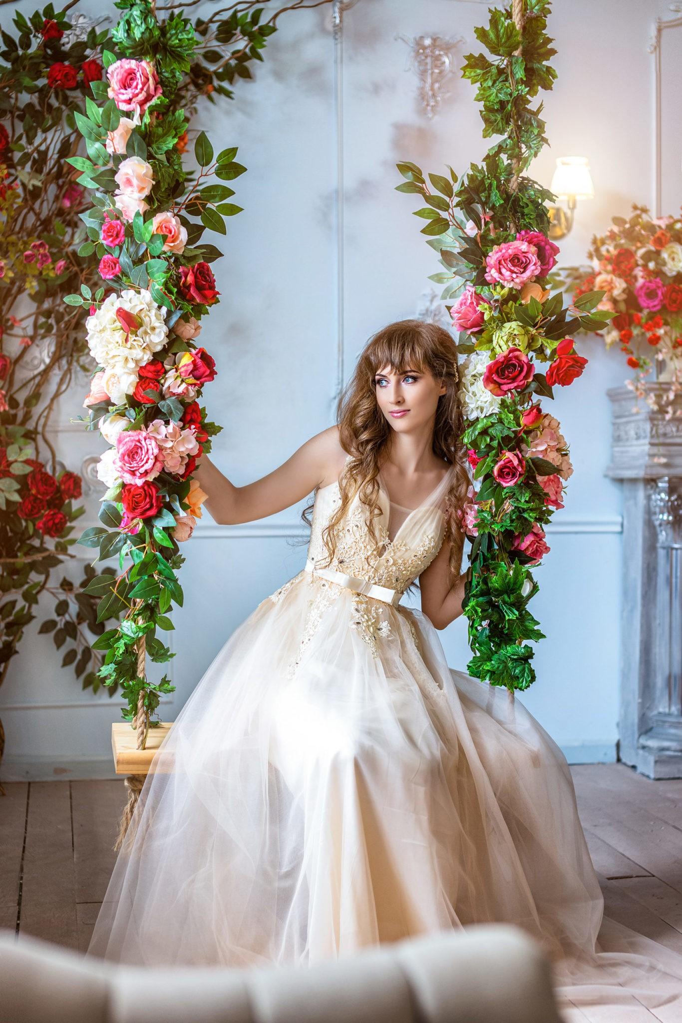 Свадебная фотосъемка от свадебного фотографа в интерьерной студии Краснодар