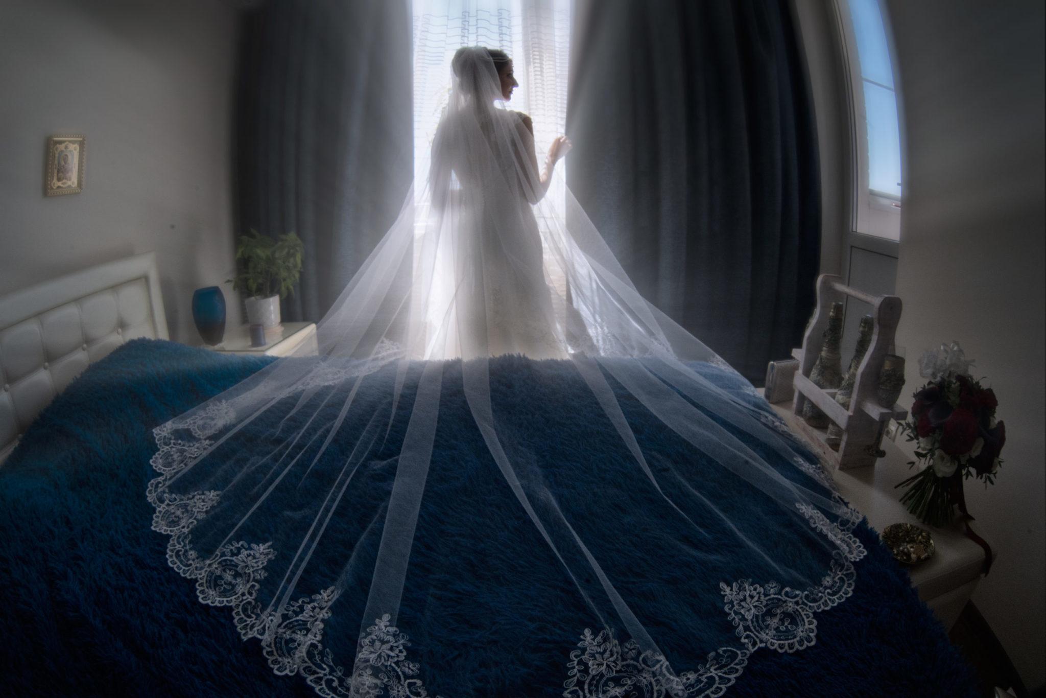 Утро невесты, сборы невесты, сборы жениха и невесты от свадебного фотографа в Краснодаре