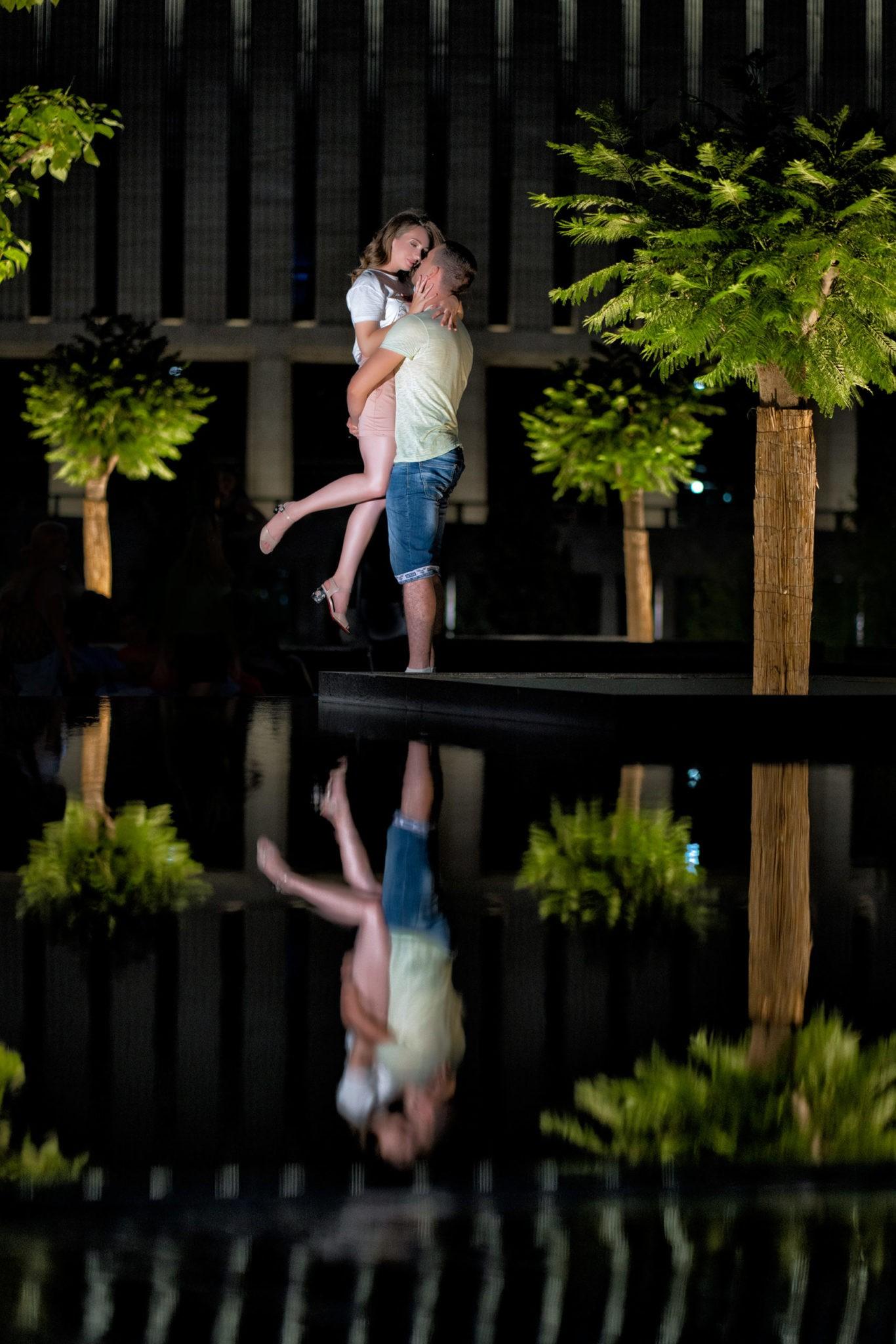 Предсвадебная фотосъемка от свадебного фотографа Love story в в парке Галицкого