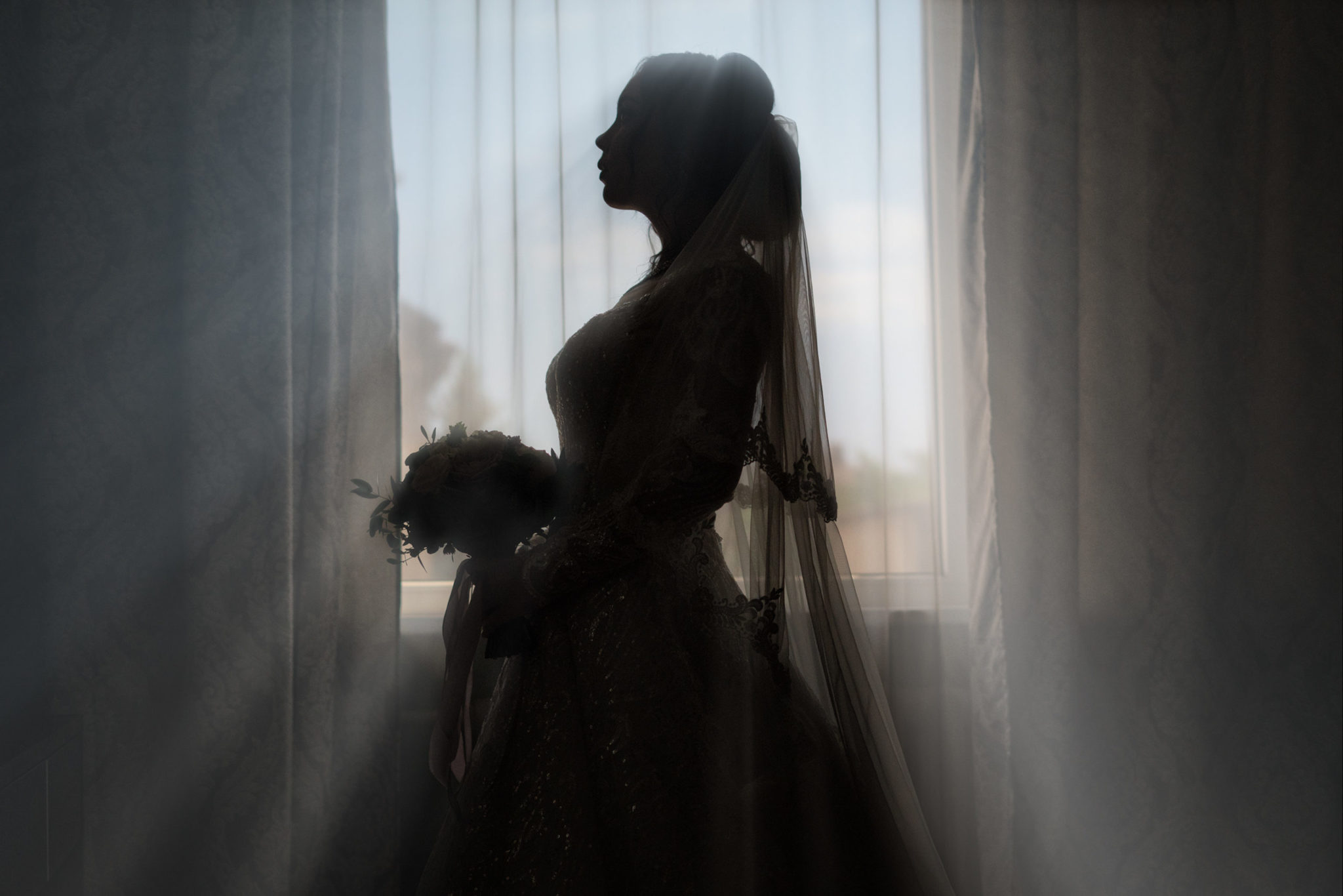 Утро невесты, сборы невесты, сборы невесты от свадебного фотографа