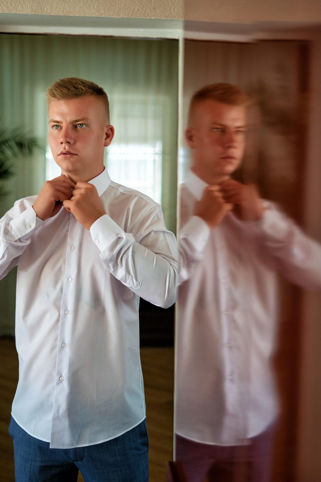 Свадебная съемка от Краснодарского свадебного фотографа: сборы жениха