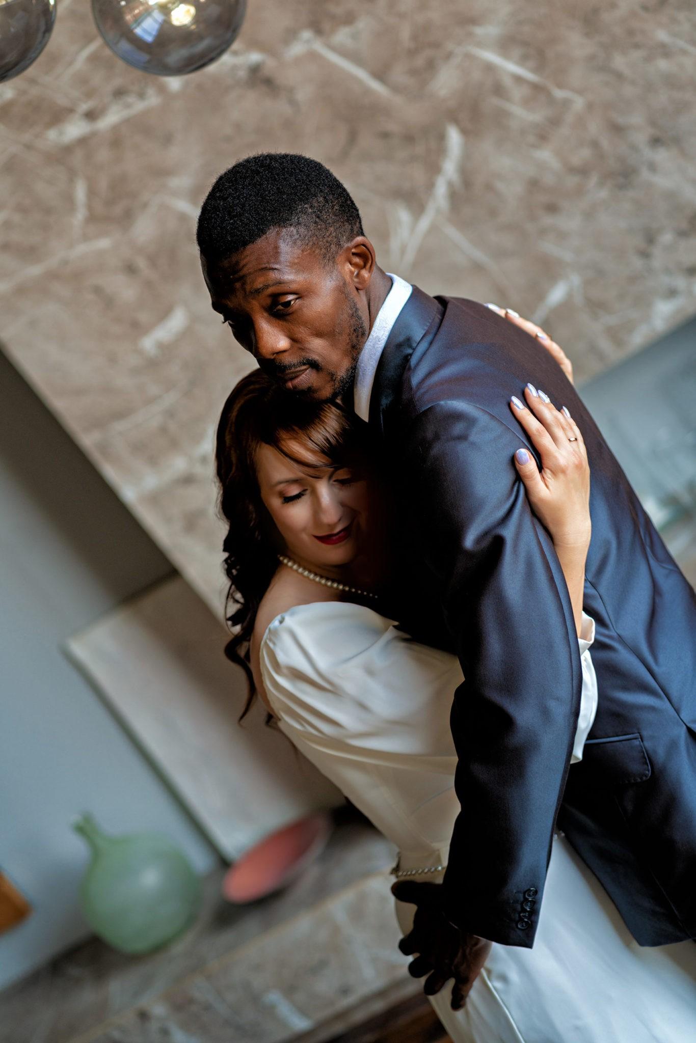 Свадебная фотосъемка от Краснодарского свадебного фотографа в Краснодарской студии