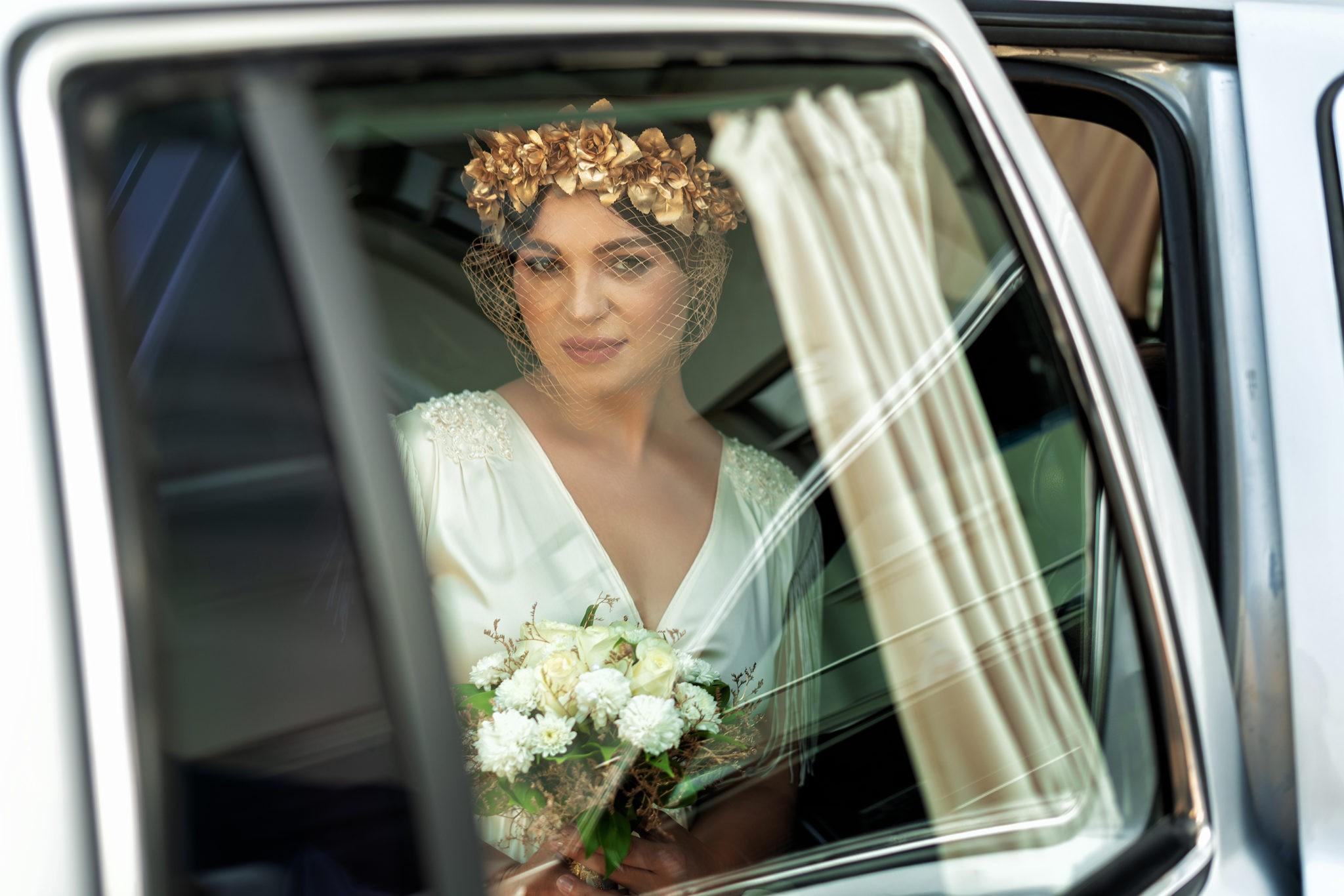 Cвадебная фотосъемка в ЗАГСе Екатерининский Зал Краснодар от свадебного фотографа: подъезд к ЗАГСу