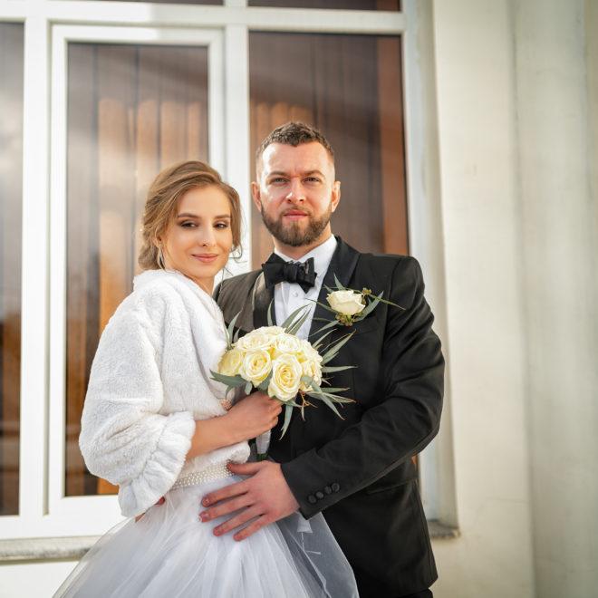 Cвадебная фотосъемка в ЗАГСе Екатерининский Зал Краснодар от свадебного фотографа. Центральный вход.