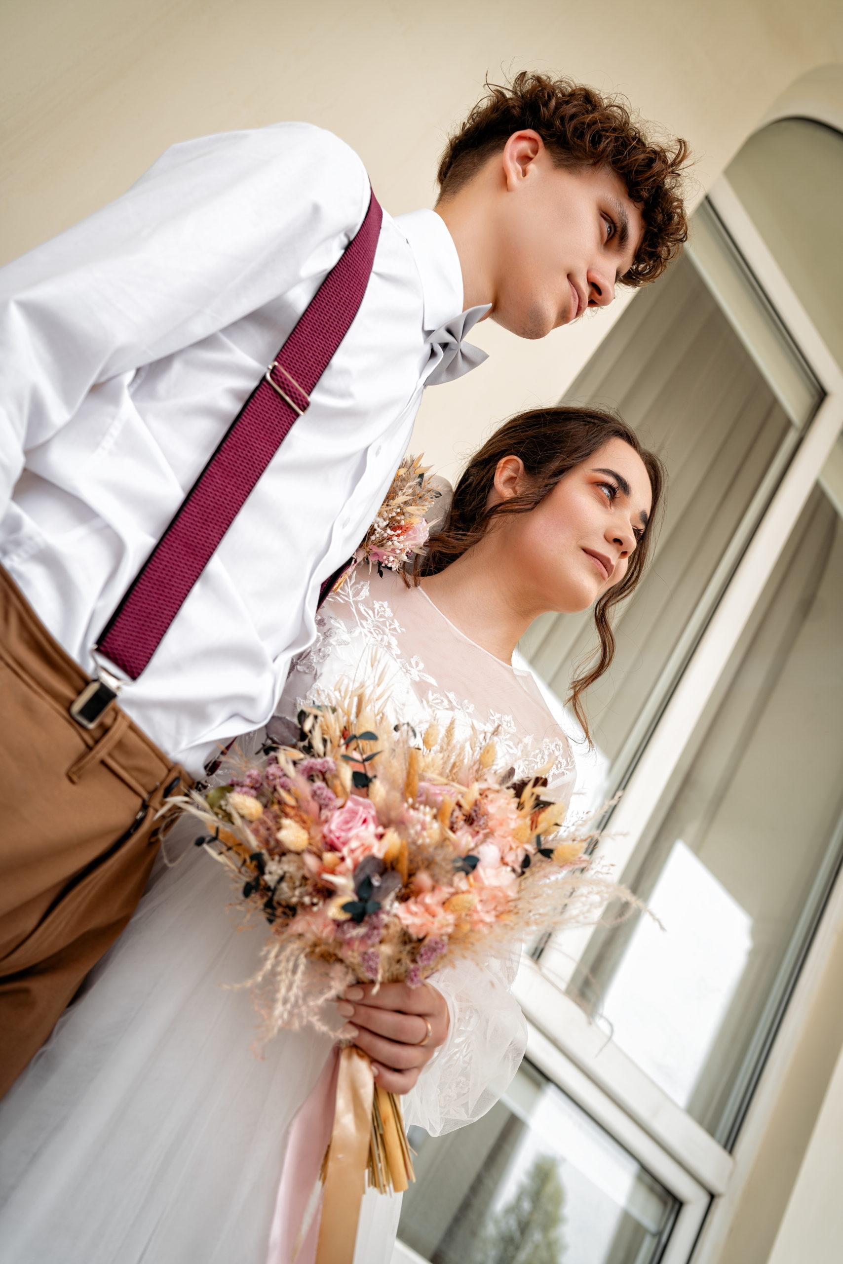 малый Хрустальный зал Екатерининского загса свадебные фото - вход